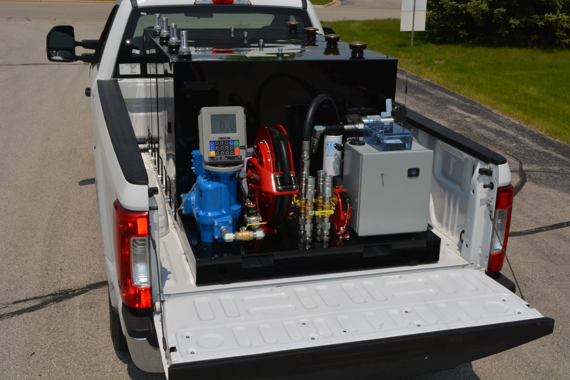 Read more about the article Larger fleets benefit from this 400-gallon fuel trailer alternative